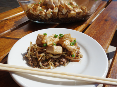 Tofu com Moyashi e Carne Moída (em camadas)